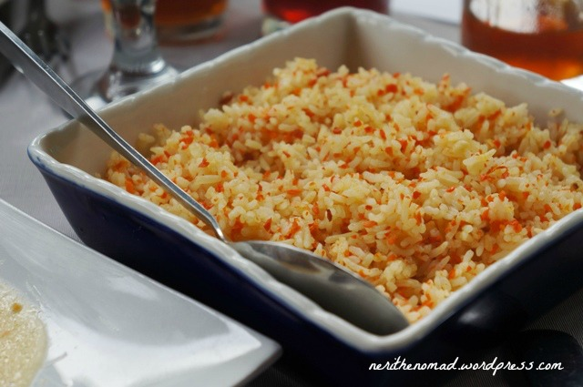Carrot rice yum! And it looks pretty too