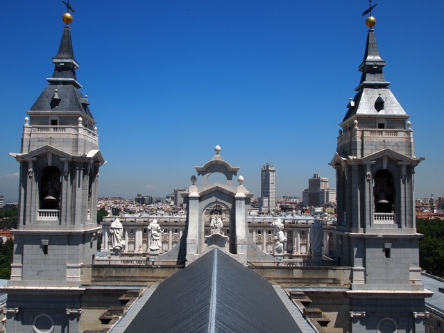 Climbed to the Catedral de la Almudena rooftop for a fantastic view