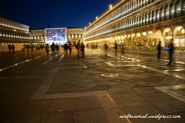 the piazza by night